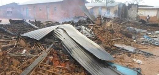 Maison incendiée à Eringeti